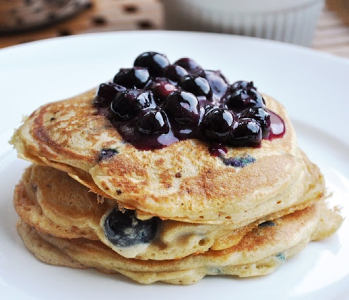 blueberry pancakes 080