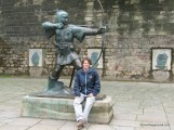 Robin Hood Statue-1.JPG