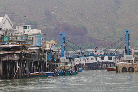 fishing village and boat cruise, searching for dolphins, tai o fishing village hong kong, hong kong top attractions