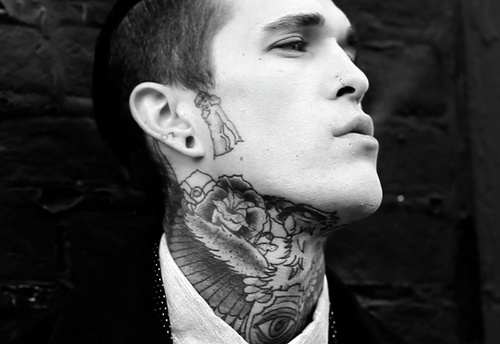 men with neck tattoos