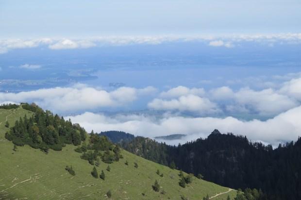 Kurz vor dem Gipfel war der Chiemsee zu sehen