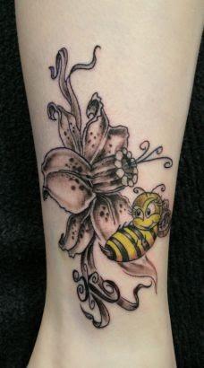 single flower tattoo design