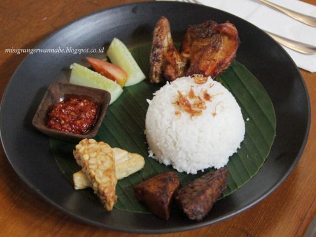 historia-food-bar-chicken