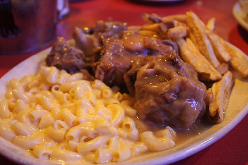 Braised Oxtails, Mac n Cheese, Fries