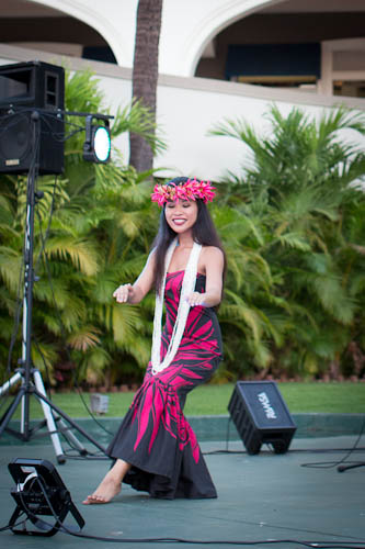 A Hula Welcome (Wailea Wine and Food Festival) / @lickmyspoon