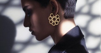 model-earrings