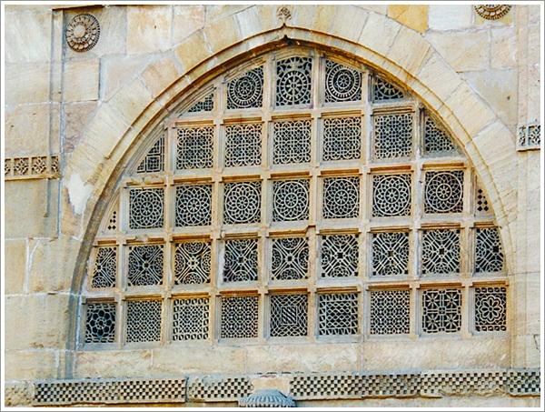 SidiSaiyyed Mosque