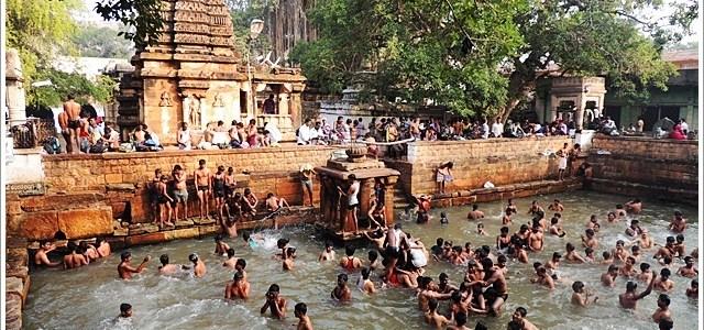 The Living Temples of Mahakuta, Karnataka