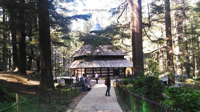 Manali Hadimba Temple-Cheap Air Tickets