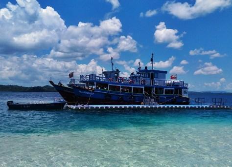 Jolly Buoy Ferry
