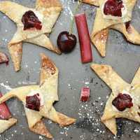 Cherry Rhubarb Pie Pinwheels