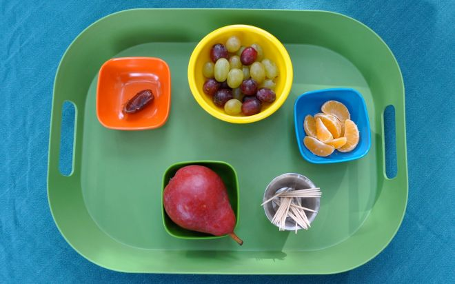 Supplies: 1 red pear 4 green grapes 4 purple grapes 6 mandarin slices 12 toothpicks