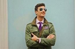 scalpers_parka verde_corbata morada_ray ban_mustculinity (6)