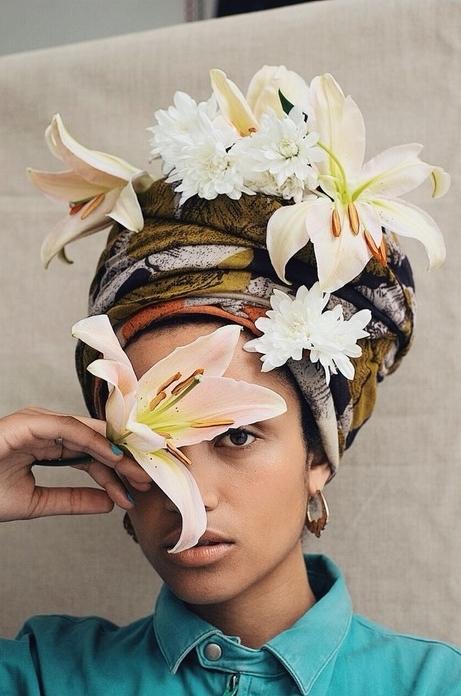 lifestyle kiki flowers