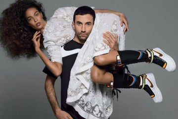 Riccardo_Tisci_Nike_Air_Force_1_content