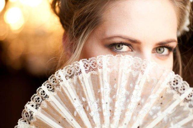 moda-ventaglio-sposa
