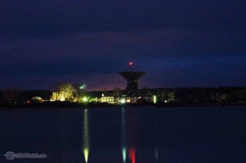 Радиотелескоп РТ-64 ночью