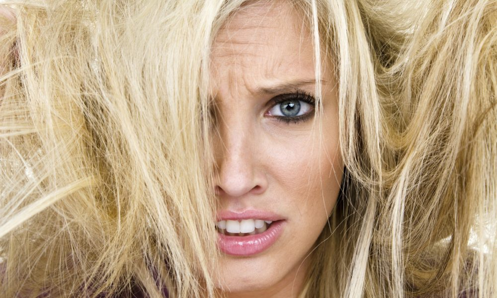 LXP - Lifexpe - Do This When You Don't Know What To Do With Your Hair Bad Hair Day Topknot