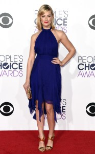 rs_634x1024-150107181435-634-beth-behrs-people-choice-awards-ls-1715