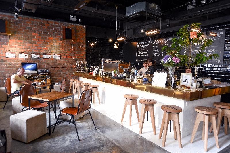 Le caffetterie pi belle del mondo secondo il telegraph for Immagini caffetteria