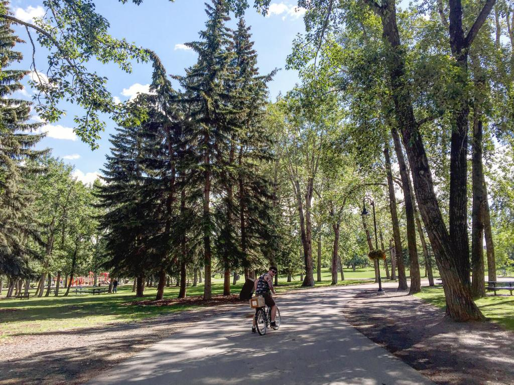 Calgary - Prince's Island Park - Best Weekend Ever 48 Hours Tourism