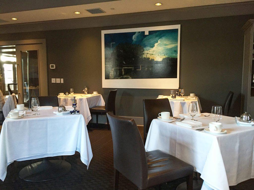 Chef's Table Restaurant - Kensington Riverside Inn - Calgary