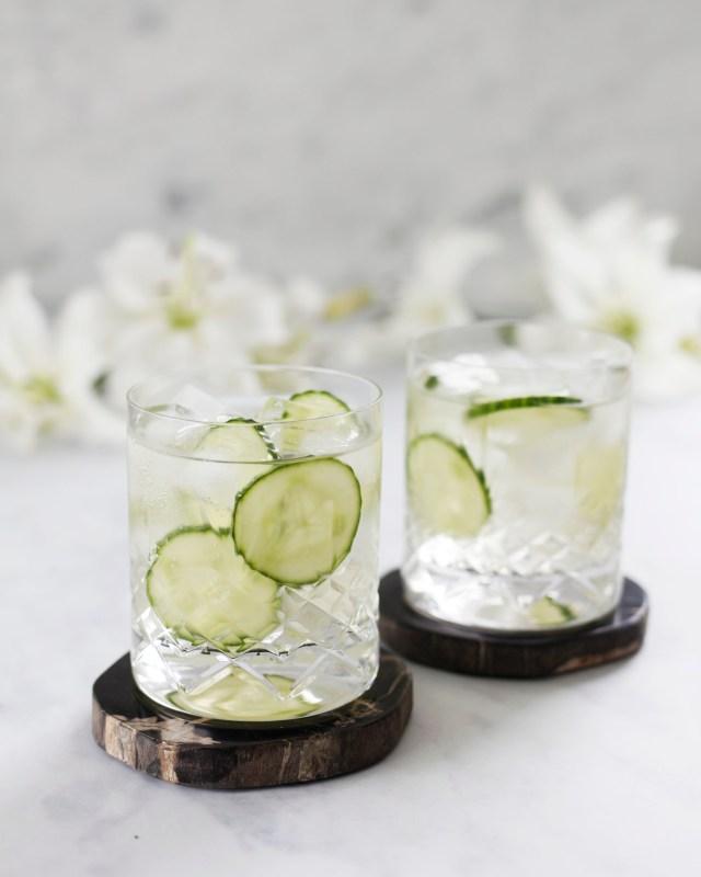 Prosecco gúrku gin kokteill