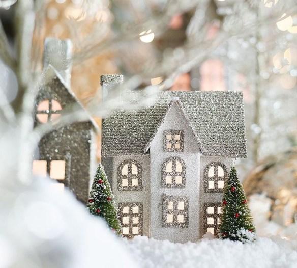 julelandsby-solv-og-gull-m-lys