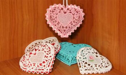 Free-standing Lace Heart Box & Sachet