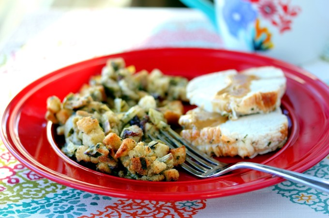 This stuffing is the PERFECT combination of sweet and savory!