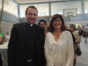 Pastor Kleinjohann mit Bürgermeisterin Marion Jost