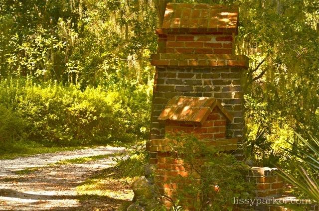 Savannah brick columns mark this entry—very unique