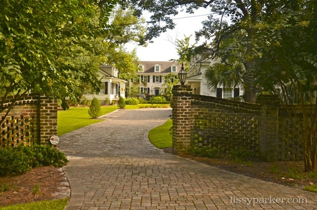 Stunning brick curving drive and wall—yes, please