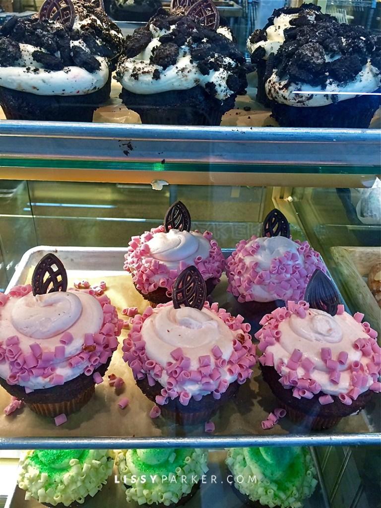 veyr big cupcakes