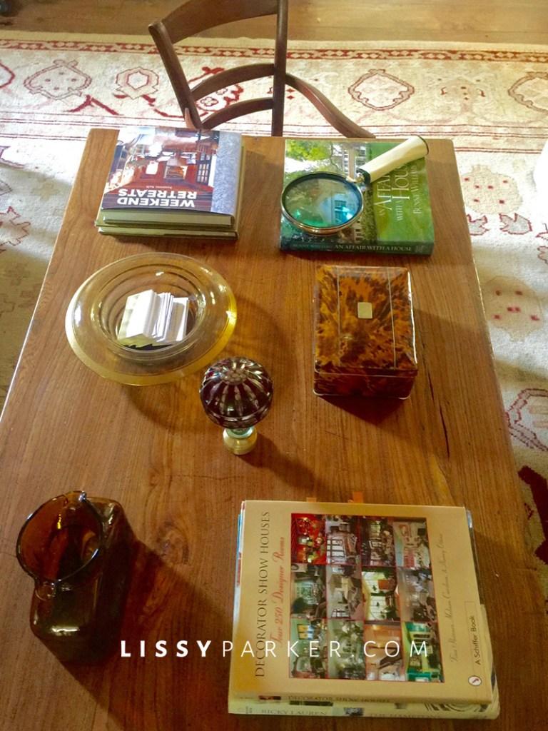 coffee table arrangment