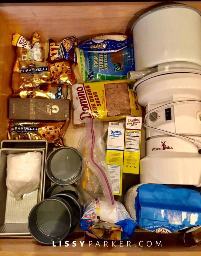 organizing kitchen-baking drawer
