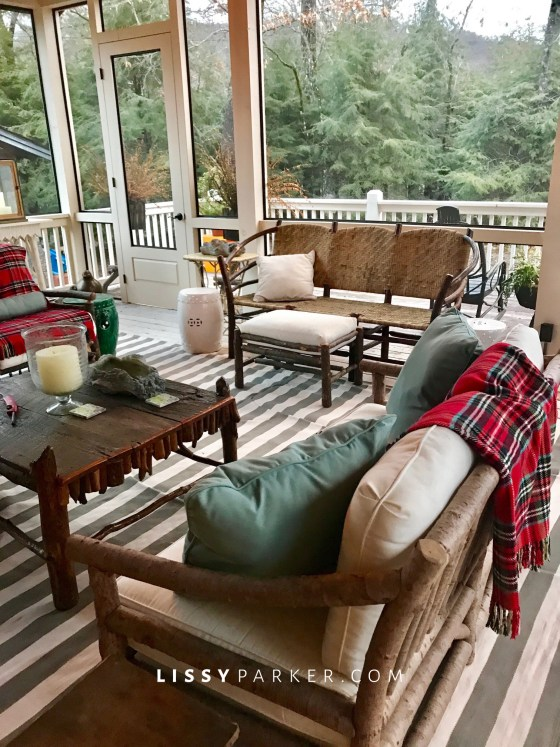 How to deocrate a porch