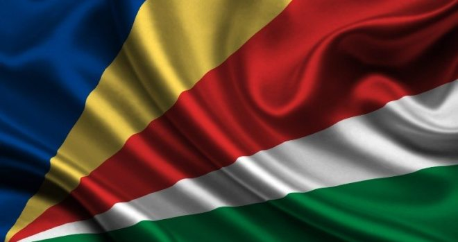 Seychelles flag - Small But Rich Countries