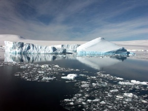Antarctica-Summer-400