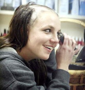 Britney Spears Shaving-Hair-Bald