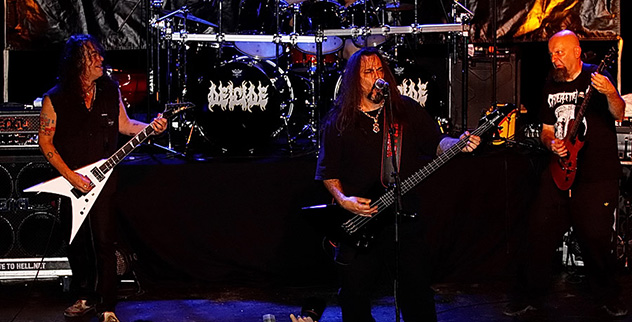 deicide-live-in-lyon-france-on-june-30-2011-05