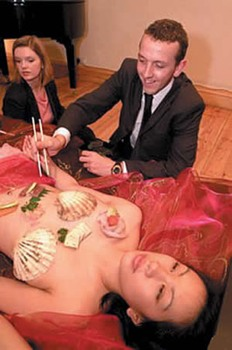 Nyotaimori1.Jpg