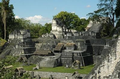 Mayan-Ruins-Tikal