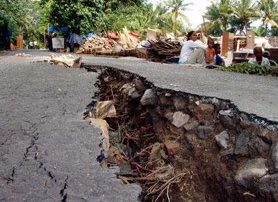 Earthquake-Gallery-3