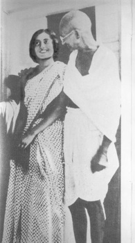 Gandhi And Indira-1