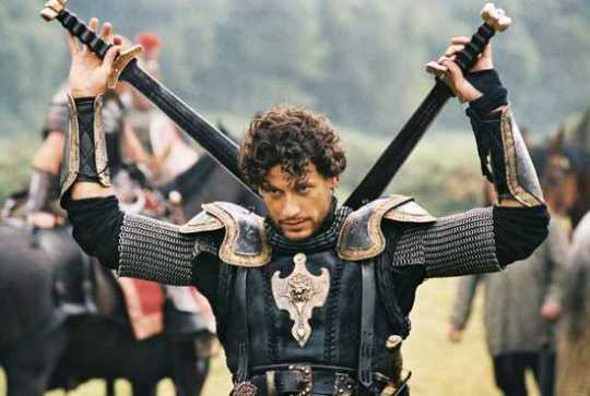 Lancelot-4-Ioan-Gruffudd-216180 1400 943