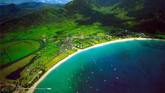 Hanalei-Bay-Beach