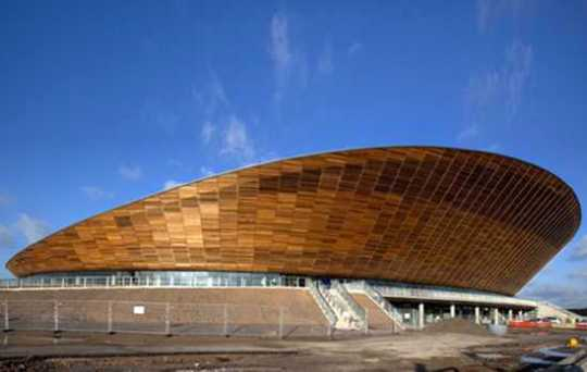 2012-Summer-Olympics-London-Velodrome-02