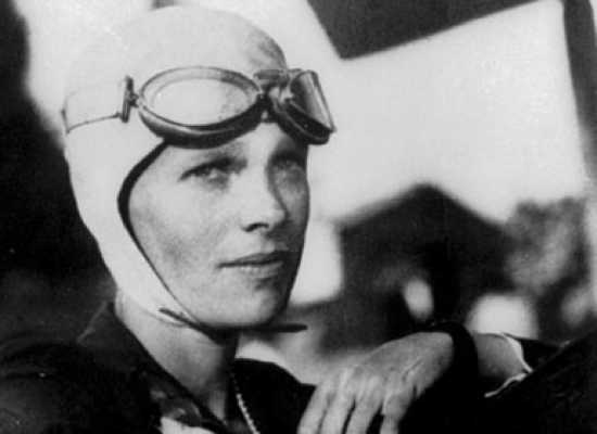 Amelia-Earhart