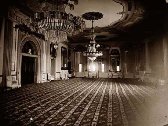 White-House-East-Room